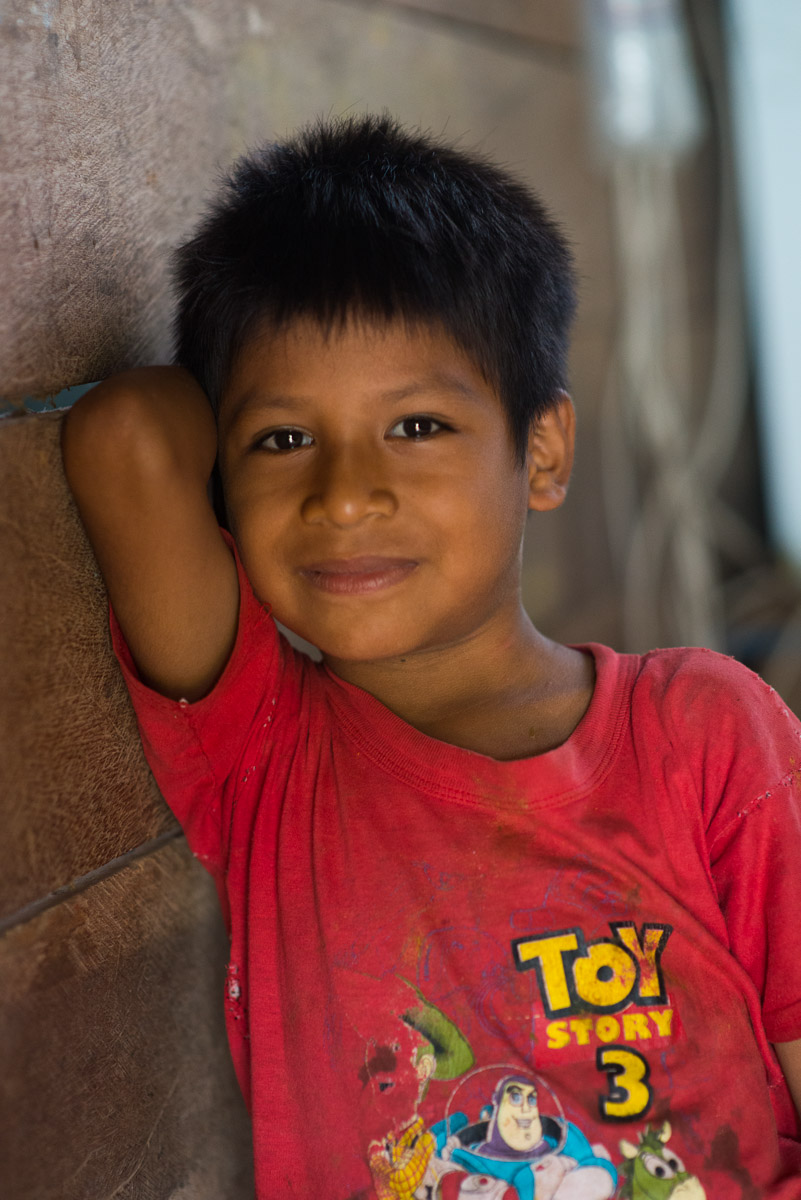 """<h5>Trigalito</h5><p>As faixas etárias do clã de Trigalito estendem-se por várias décadas. Sinal de que a """"grande"""" cidade está próxima, Toy Story surge, objectiva dentro, numa garrida t-shirt de um menino de olhar sorridente, ainda de férias, à espera do regresso às aulas.</p>"""