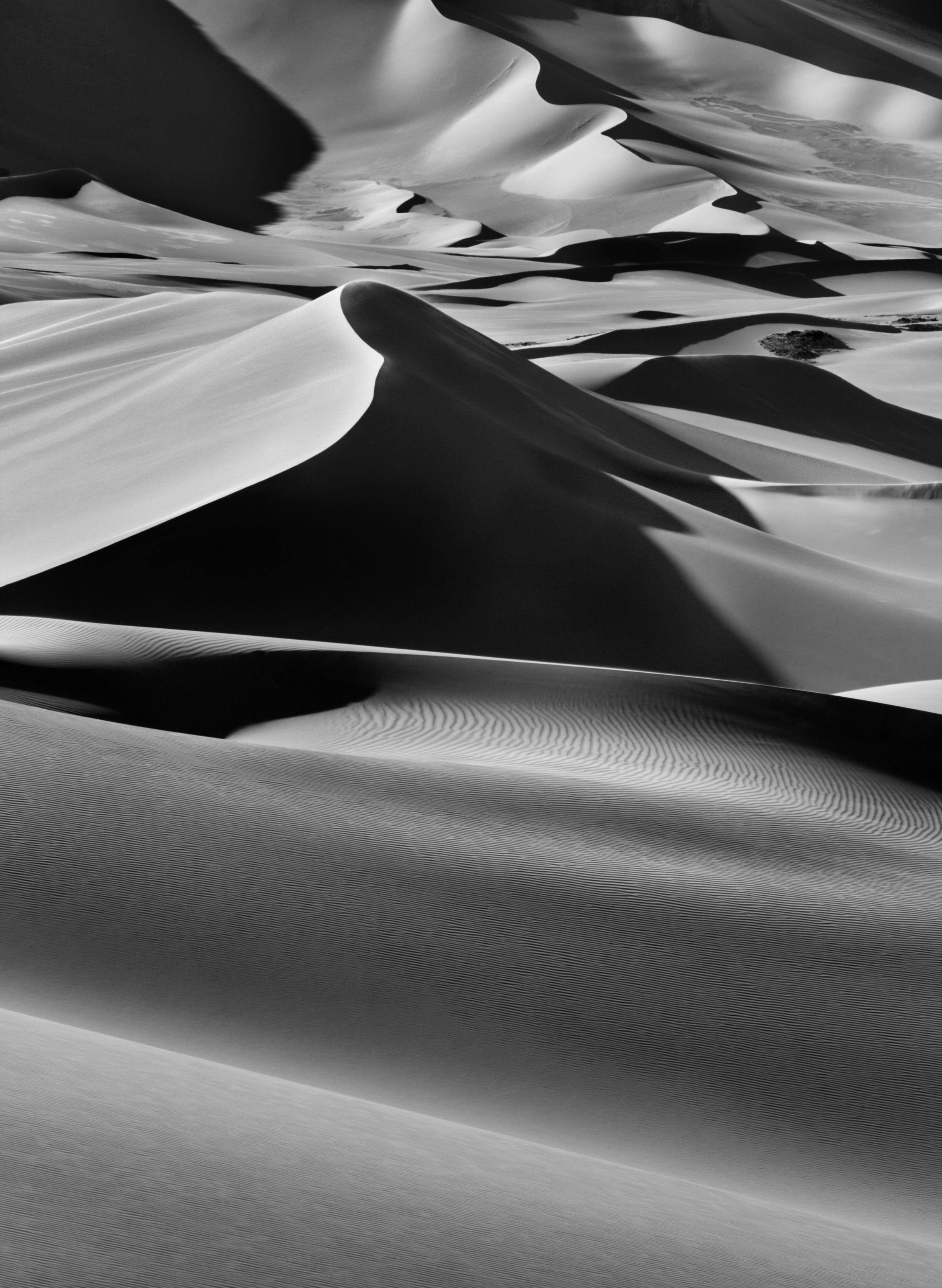 <p>Grandes dunas entre Albrg e Tin Merzouga, Tadrart. Sul de Djanet, Argélia. 2009.</p>
