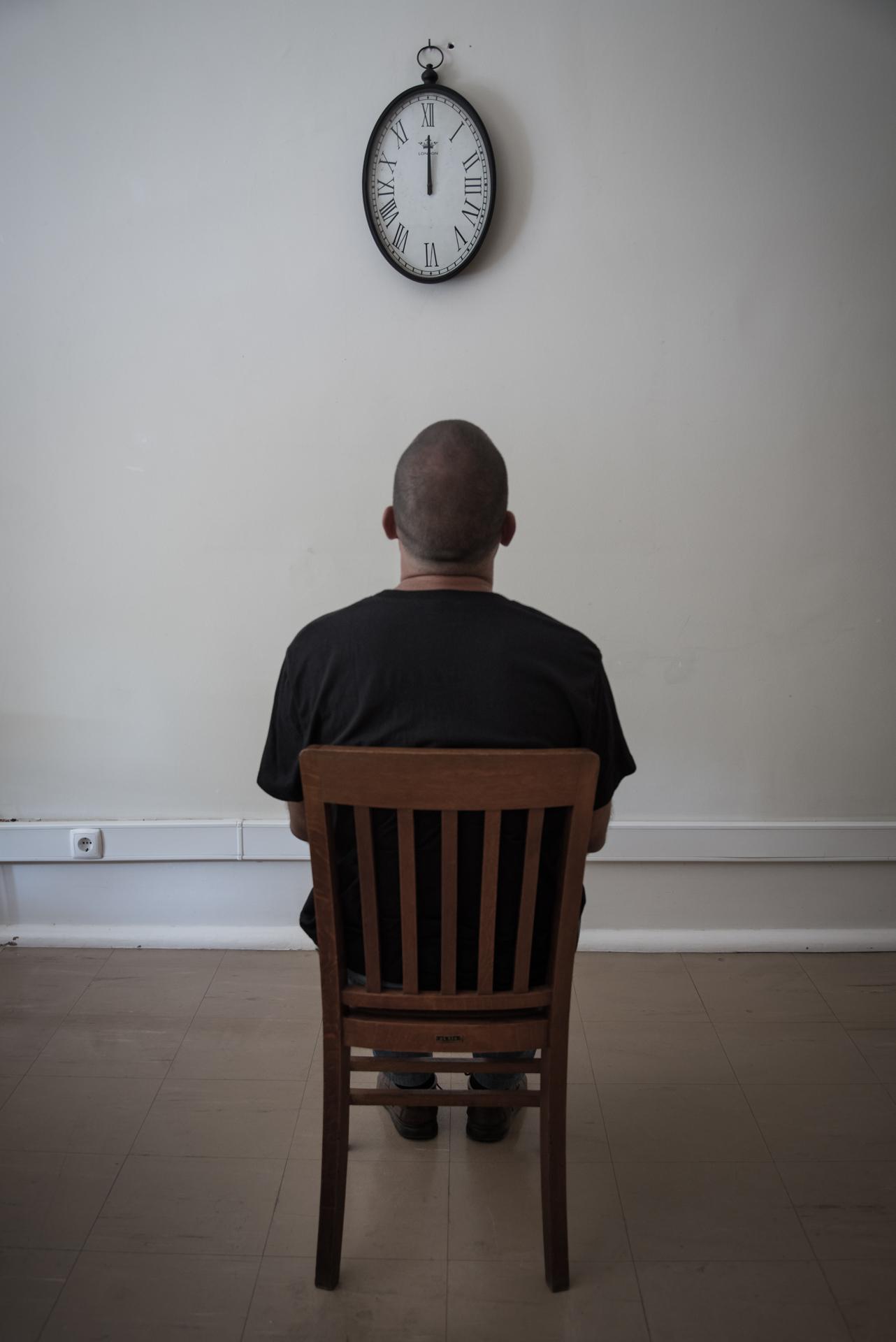 <p>A  depressão  é  das  doenças  com uma das taxas de incidência  mais  elevadas  do mundo.  A  demora média  entre  os  primeiros  sintomas e o inicio do tratamento  chega  a  ser  de  5 anos,  no caso de depressão major.</p>