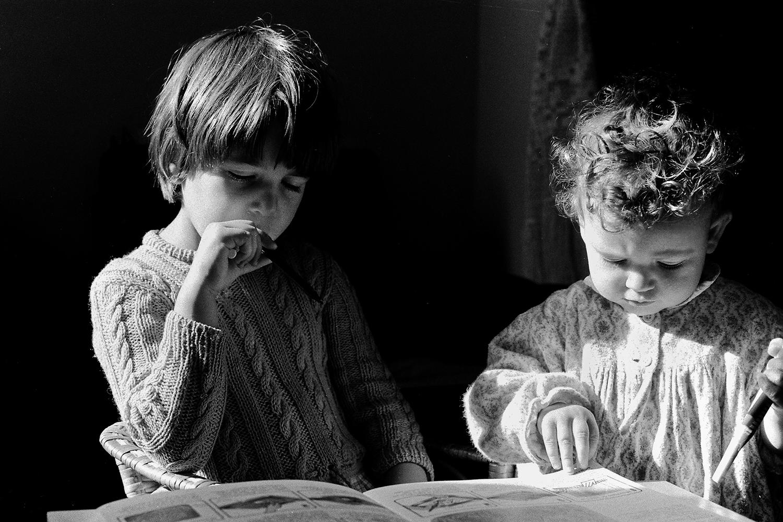 <h5>as minhas meninas | my little girls, Lisboa 1981</h5>