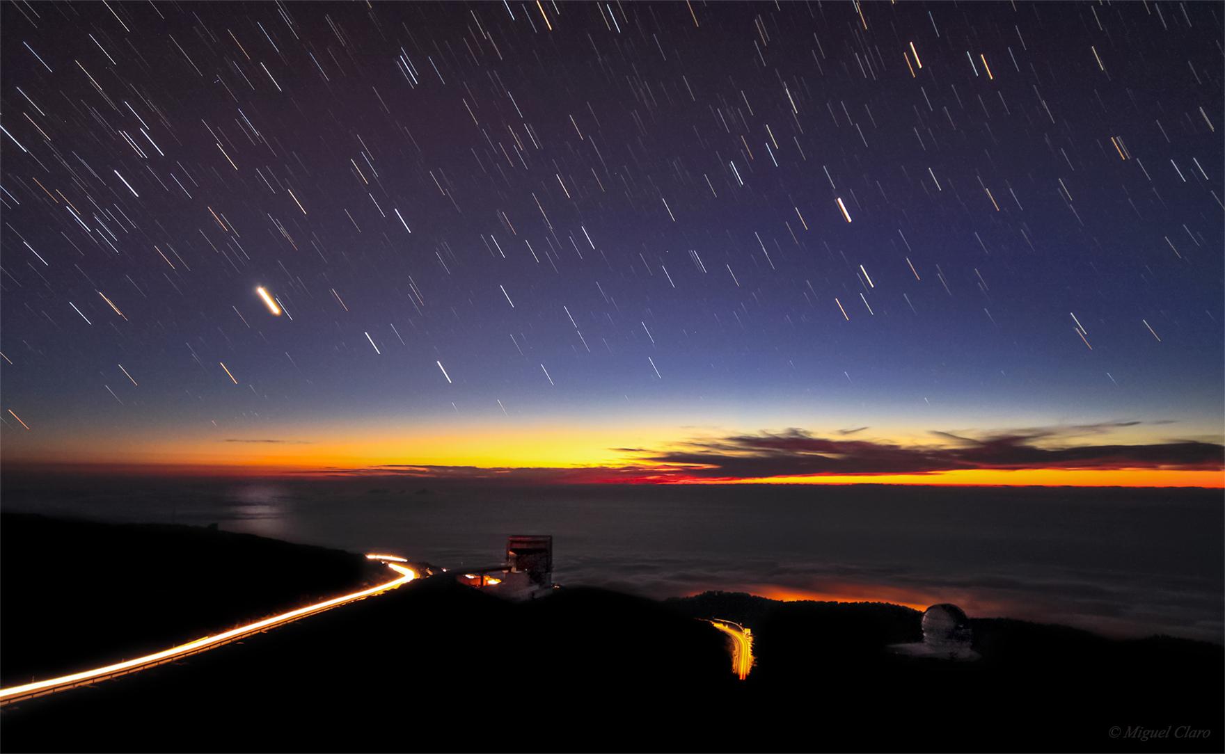 <h5>Colorful Twilight in Roque de Los Muchachos</h5>