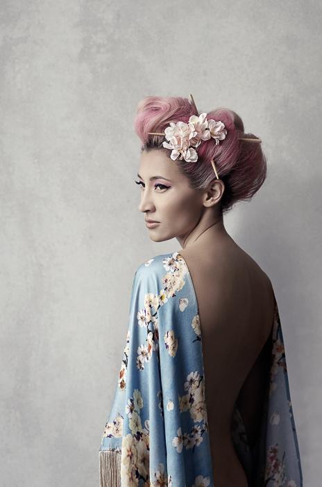 <h5>Modern geisha</h5>