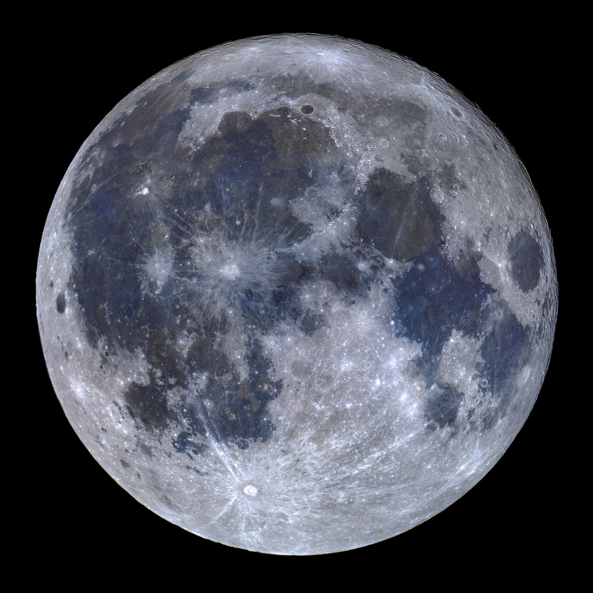 <h5>Titanium Moon / Lua de Titânio</h5><p>Celestron C14 EDGE HD (XLT) | Nikon D810a | ISO400 – Exp. 1/800 | Mosaic of four panels composed by 30 images each. Processed on Registax and PS CC 2019. Cumeada Observatory from Dark Sky® Alqueva Reserve, Reguengos de Monsaraz. © Miguel Claro</p>